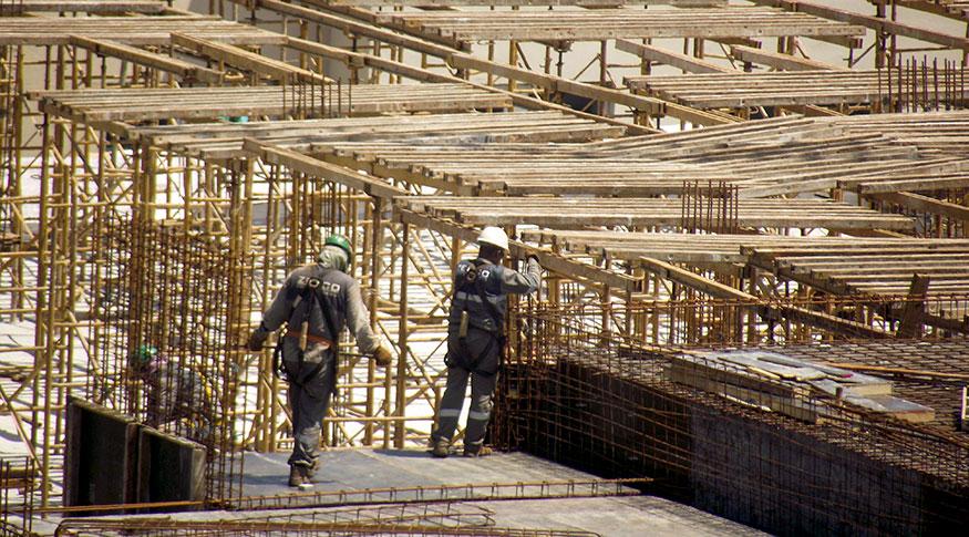 Resultado de imagem para Vendas da indústria de material de construção sobem em agosto