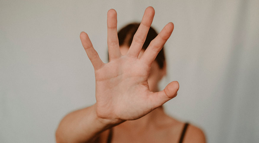 Mais de 20% das escolares relataram já terem sofrido algum tipo de violência sexual. Entre os meninos, percentual é de 9%